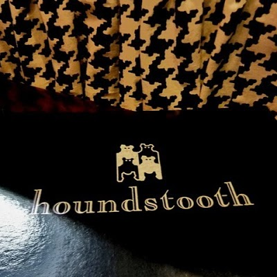 The Houndstooth Pub